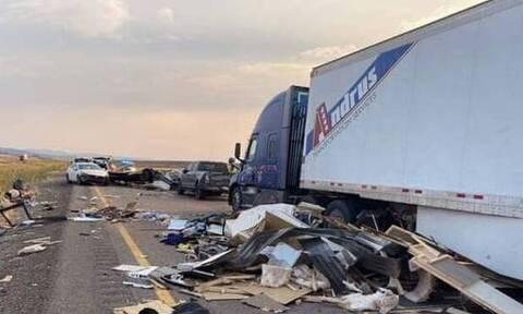 Τραγωδία στις ΗΠΑ: Οκτώ νεκροί σε καραμπόλα 22 οχημάτων, την οποία προκάλεσε αμμοθύελλα