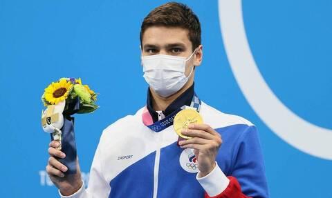 Россиянин Рылов стал олимпийским чемпионом в плавании на дистанции 100 метров на спине