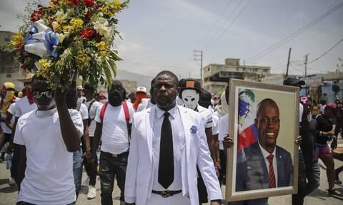 Πορεία στη μνήμη του δολοφονηθέντος προέδρου της Αϊτής