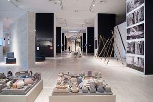 SYMBOLS & Iconic Ruins στο ΕΜΣΤ: 110 έργα από 137 καλλιτέχνες