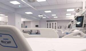 Αποκλειστικό Newsbomb.gr –«Βόμβα» Καπραβέλου: Ο πρώτος πλήρως εμβολιασμένος στη ΜΕΘ του Παπανικολάου