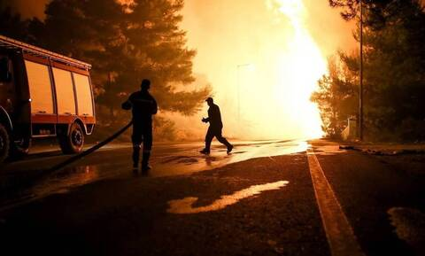 Φωτιά ΤΩΡΑ στο Ελληνικό