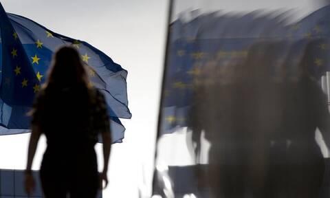 Η Κομισιόν ενέκρινε ελληνικό πρόγραμμα στήριξης μικρών επιχειρήσεων