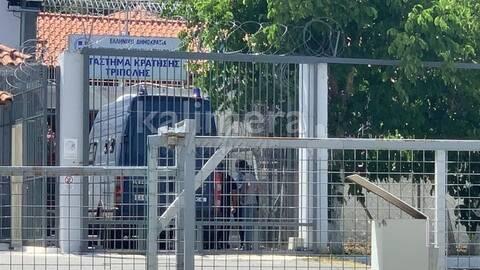 Στις φυλακές Τριπόλεως ο Πέτρος Φιλιππίδης