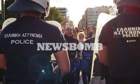 Στους δρόμους ξανά οι αντιεμβολιαστές: Νέες συγκεντρώσεις σε Σύνταγμα και Θεσσαλονίκη