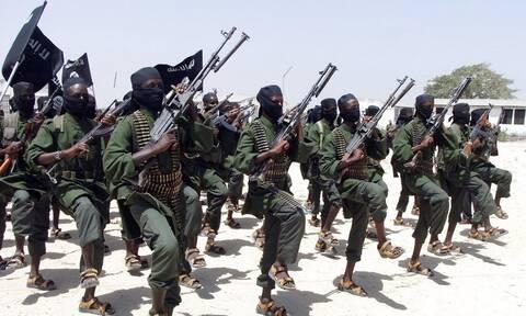 Η Νότια Αφρική στέλνει στη Μοζαμβίκη 1.495 στρατιωτικούς για την αντιμετώπιση των τζιχαντιστών