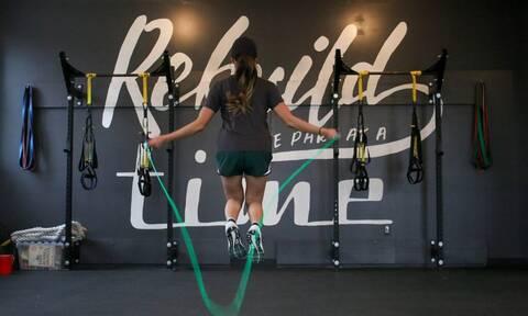 5 ασκήσεις γυμναστικής για γράμμωση στο πι και φι