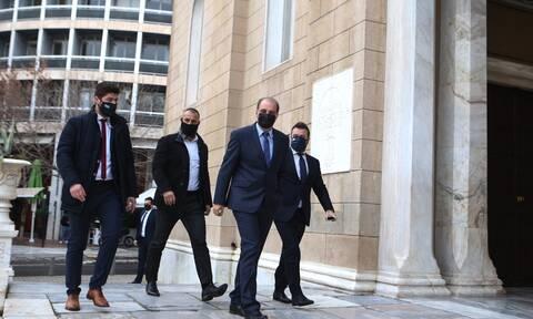 Πόθεν έσχες: Τι δήλωσε ο πρόεδρος της Ελληνικής Λύσης Κυριάκος Βελόπουλος