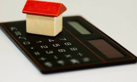 ΕΝΦΙΑ: Πώς και πότε θα πληρωθεί ο φόρος - Ποιοι γλιτώνουν το «χαράτσι»