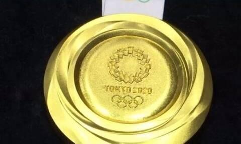 Η αξία του χρυσού Ολυμπιακού μεταλλίου δεν φτάνει ούτε για το ενοίκιο σε 3άρι στη Ν. Σμύρνη (photos)
