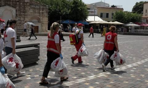 Καύσωνας: Πρώτες βοήθειες και ανθρωπιστικό υλικό από τον Ελληνικό Ερυθρό Σταυρό
