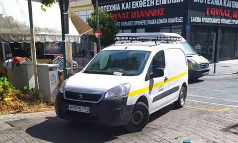 Λάρισα: Έγινε και αυτό - Η δημοτική αστυνομία έγραψε όχημα της... δημοτικής αστυνομίας