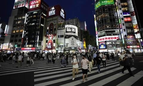 Στον κλοιό του κορονοϊού η Ιαπωνία: Επέκταση της κατάστασης έκτακτης ανάγκης σε Τόκιο και αλλού
