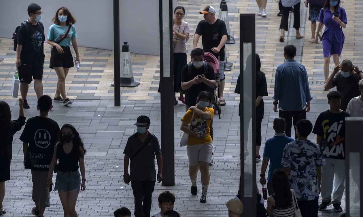 Κίνα: Επιστρέφει ο «εφιάλτης» του κορονοϊού; Το χειρότερο ξέσπασμα της πανδημίας, μετά την Ουχάν