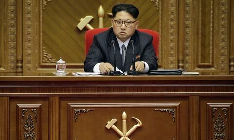 Kιμ Γιονγκ Ουν:«Σκιά του εαυτού» του ο ηγέτης της Β.Κορέας - Οργιάζουν οι φήμες για την υγεία του