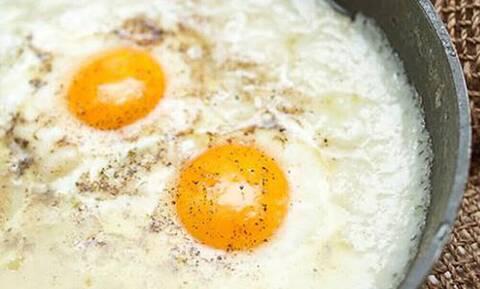 Στάκα με αβγά: Ένα φαγητό για όλες τις ώρες τις μέρας