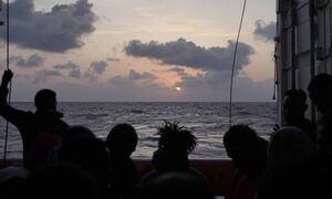 Λιβύη: Το Ocean Viking διέσωσε 196 μετανάστες που κινδύνευαν στα διεθνή ύδατα