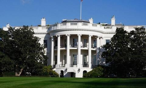 Οι ΗΠΑ πιέζουν τον πρόεδρο της Τυνησίας να ξαναβάλει άμεσα τη χώρα «στον δημοκρατικό δρόμο»