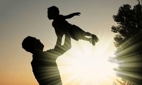 ΟΠΕΚΑ - Επίδομα παιδιού Α21: Άνοιξε η πλατφόρμα - Πώς θα κάνετε αίτηση