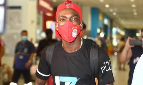 Ολυμπιακός: «Ερυθρόλευκος» ο Ονιεκούρου - Έπεσαν οι υπογραφές (photos)