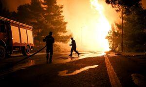 Φωτιά στη Ρόδο - Πολιτική Προστασία: Nα βρίσκονται σε ετοιμότητα οι κάτοικοι Καλυθιών και Μαριτσών