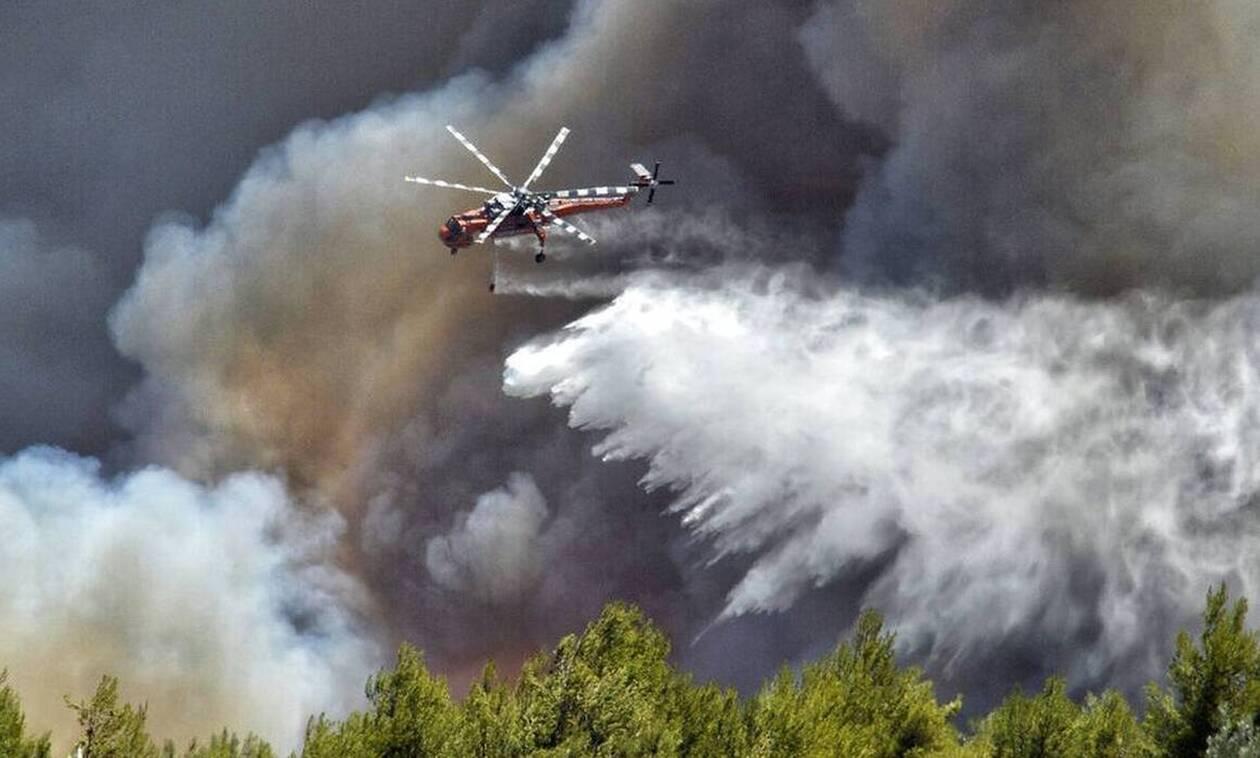 Φωτιά στη Ρόδο: Συνεχίζεται η μάχη για την κατάσβεση της πυρκαγιάς