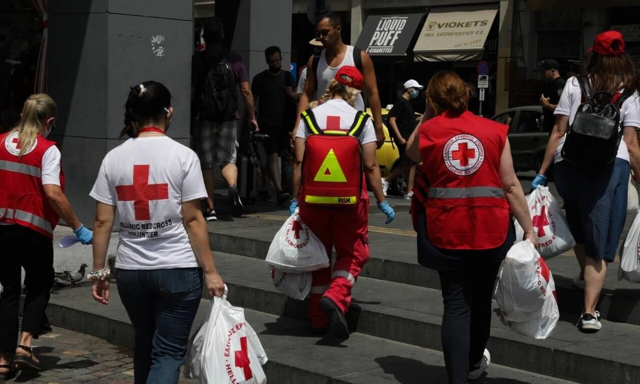 Καύσωνας: Ο Ερυθρός Σταυρός στο κέντρο της Αθήνας την Τρίτη (3/8) από τις 10:00 έως τις 14:00