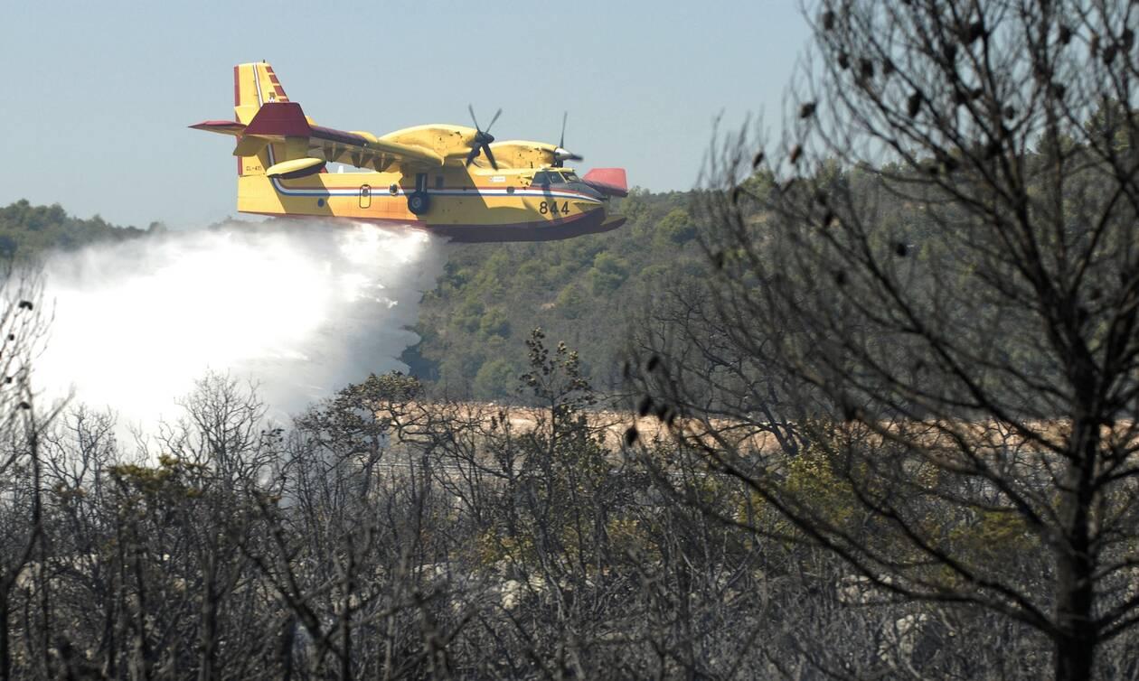 Η ΕΕ έστειλε τρία Canadair στην Τουρκία για να βοηθήσουν στην κατάσβεση των πυρκαγιών