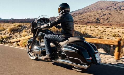 H BMW R18 Transcontinental ρίχνει το γάντι στη Harley Davidson