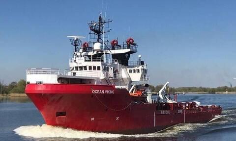 Γαλλία - Ocean Viking: Mεταφέρει 555 διασωθέντες μετανάστες και ψάχνει «ασφαλές λιμάνι»