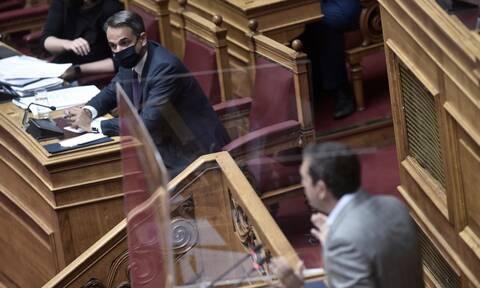 Ο ΣΥΡΙΖΑ τα βάζει με τους υπουργούς για να χτυπήσει τον Μητσοτάκη