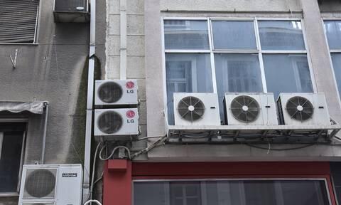 Διακοπές ρεύματος: Βυθίσεις ρεύματος στην Αττική λόγω της φωτιάς στη Βαρυμπόμπη
