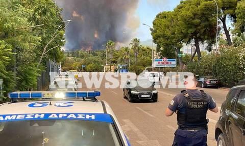 Πατούλης στο Newsbomb.gr για φωτιά στη Βαρυμπόμπη: Η μεγάλη μάχη δίνεται τώρα