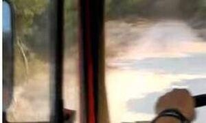 Φωτιά Βαρυμπόμπη: Βίντεο ντοκουμέντο! Πυροσβεστικό εγκλωβίζεται στις φλόγες – Δείτε τι κάνουν