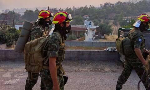Φωτιά Βαρυμπόμπη: Σε μέγιστη ετοιμότητα οι Ένοπλες Δυνάμεις με διαταγή του Στρατηγού Φλώρου