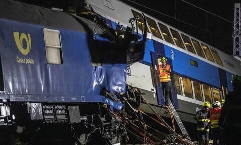 Τραγωδία στην Τσεχία: Σύγκρουση τρένων - Δύο νεκροί