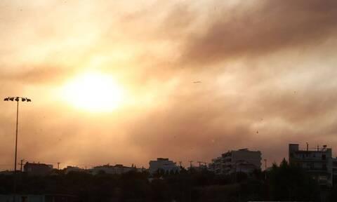 Φωτιά στη Βαρυμπόμπη: Η ημέρα που κρύφτηκε ο ήλιος
