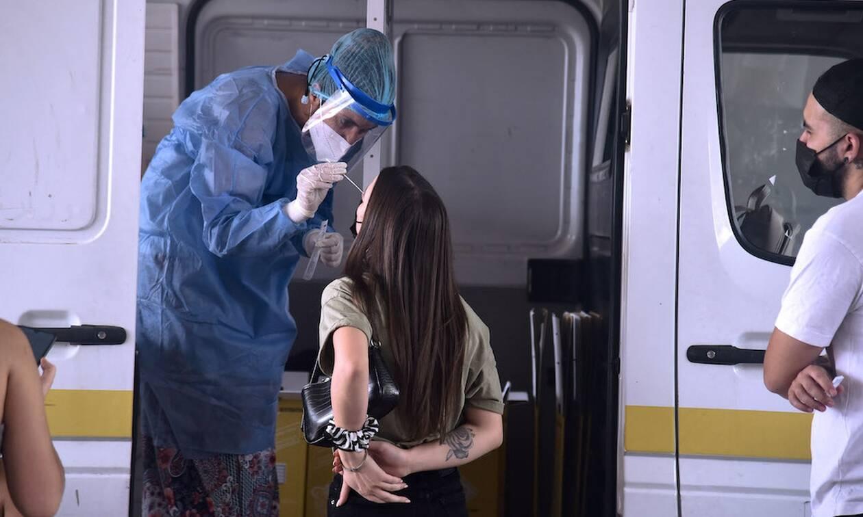 Κορονοϊός: Τι έδειξε μελέτη του ΕΚΠΑ για την ανοσία μετά από πλήρη εμβολιασμό