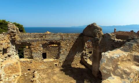 Κάστρα της Ελλάδας: 10+1 από τα ωραιότερα κάστρα της χώρας μας