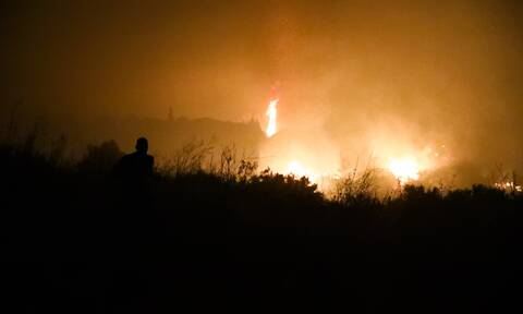 Έσβησε η φωτιά στο Μαρτίνο