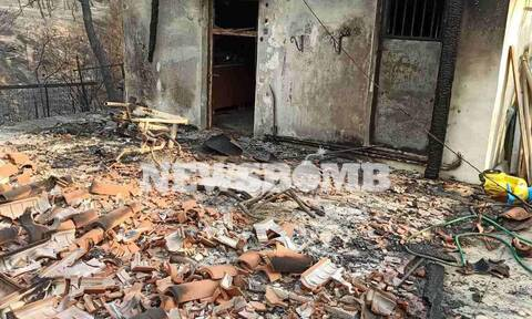 Φωτιά Βαρυμπόμπη: Αυτοψία του Newsbomb.gr στα καμένα σπίτια (photos)