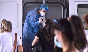 Κρούσματα σήμερα: 885 νέες μολύνσεις στην Αττική, 268 στη Θεσσαλονίκη και 376 στην Κρήτη