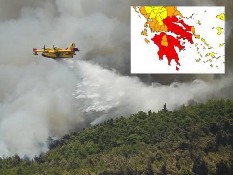 Στο «κόκκινο» η μισή Ελλάδα για πυρκαγιές