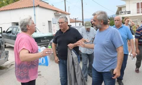 Φωτιά στην Εύβοια: Οργή από τους κατοίκους - Επίσκεψη Κουτσούμπα σε Ροβιές - Μαντούδι