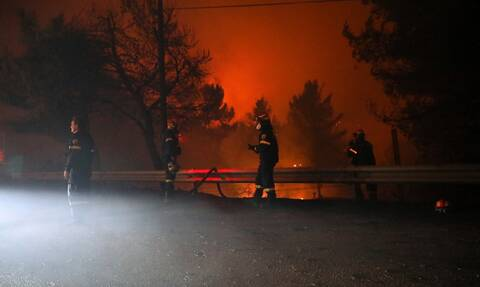 LIVE BLOG: Για πέμπτη μέρα στις φλόγες η Ελλάδα - Αγωνία για Εύβοια και Ηλεία