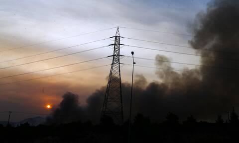 Χωρίς διακοπές ρεύματος η Αττική - Πάνω από 1.000 στύλοι καταστράφηκαν - Ποιοι δεν έχουν ρεύμα