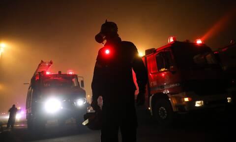 Φωτιά ΤΩΡΑ: Καλύτερη είναι η εικόνα στις πυρκαγιές στον δήμο Ανατολικής Μάνης