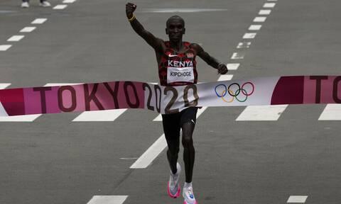 Ολυμπιακοί Αγώνες 2020: O Κιπτσόγκε νικητής στο Μαραθώνιο