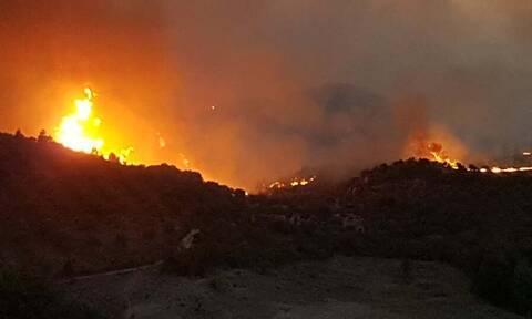 Φωτιά στην Εύβοια: Σε Τρούπι, Καλύβια και Σπαθάρι τα προβλήματα στο νότιο μέτωπο