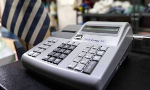 Στην τελική ευθεία η διασύνδεση των ταμειακών μηχανών με το Taxis
